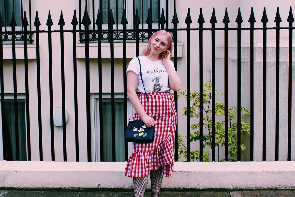 gingham skirt girl boss