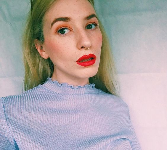 faux freckles red lipstick everyday simple make up look