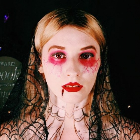 vampire contact lenses, vampire tutorial, halloween